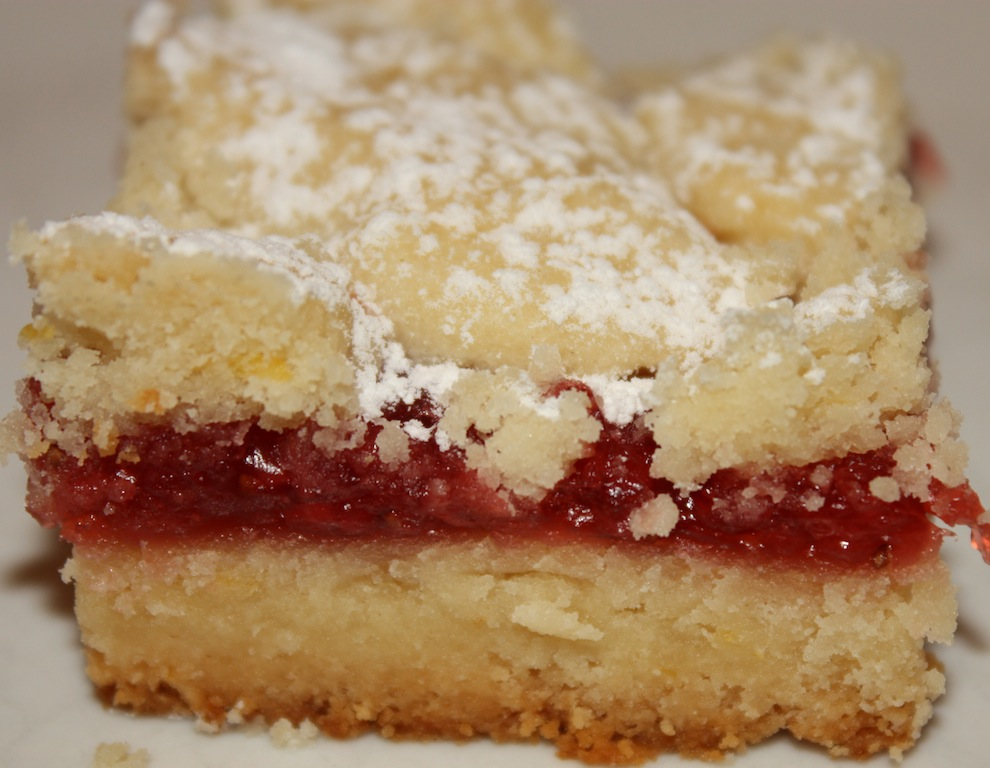 Lemon Strawberry Bars - Desserts Required