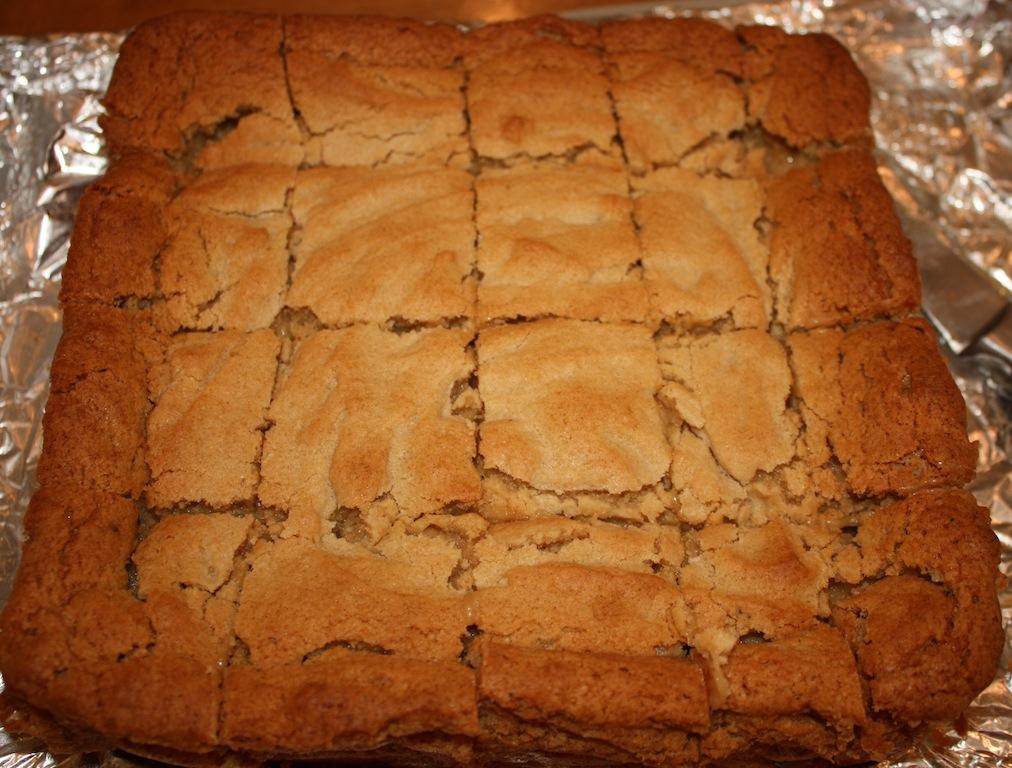 Nutter Butter Slutty Blondies - Desserts Required