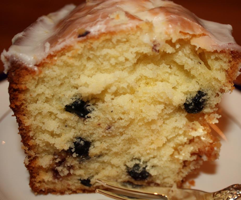 Dried Blueberry Pound Cake