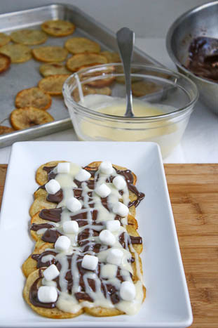 S'more Poutine may not be the typical way one enjoys poutine but it sure is a tasty option sure to please a crowd.
